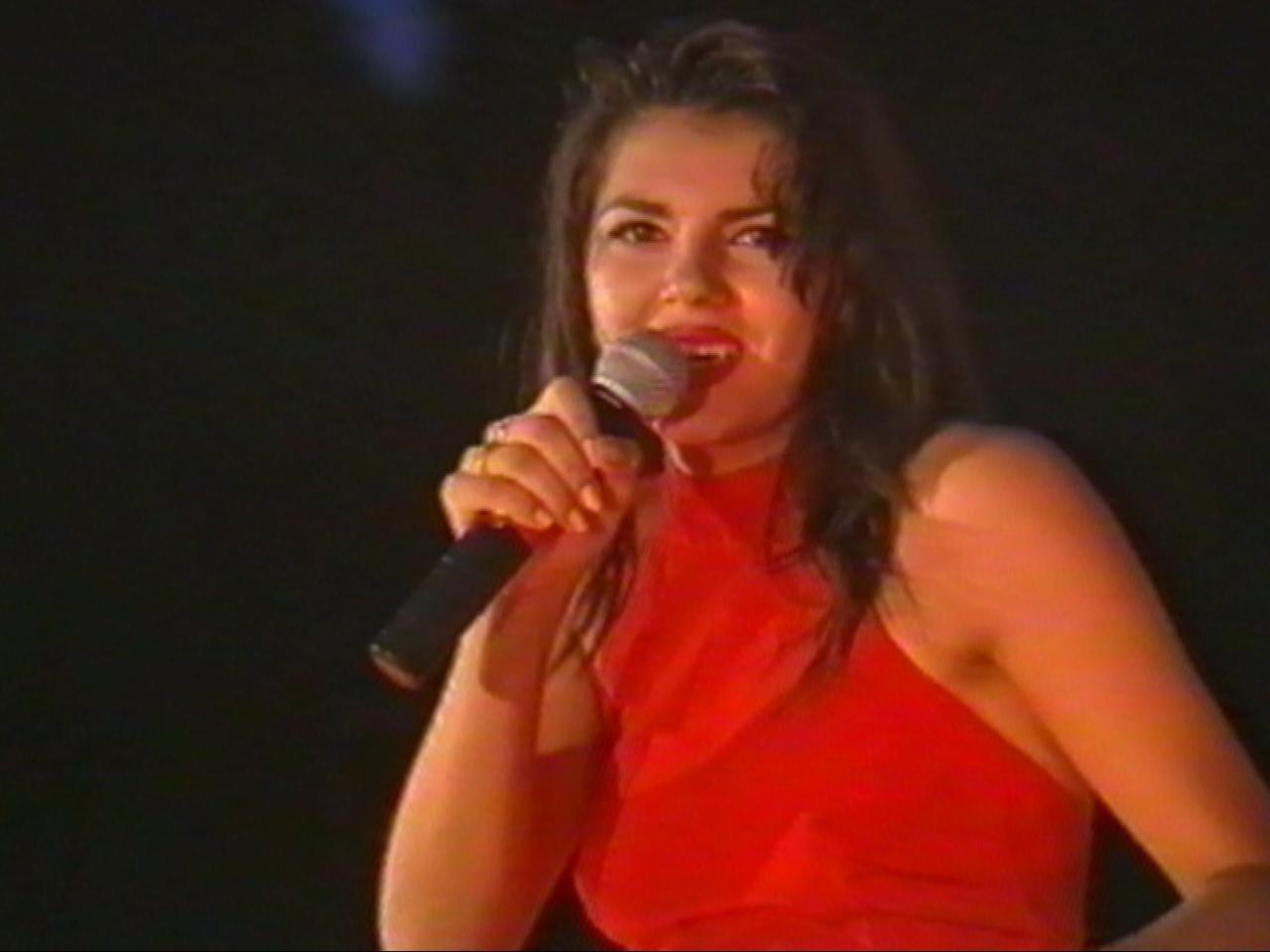 Amara 1995 - Premiul Hermes Press - Irina Nicolae.jpg