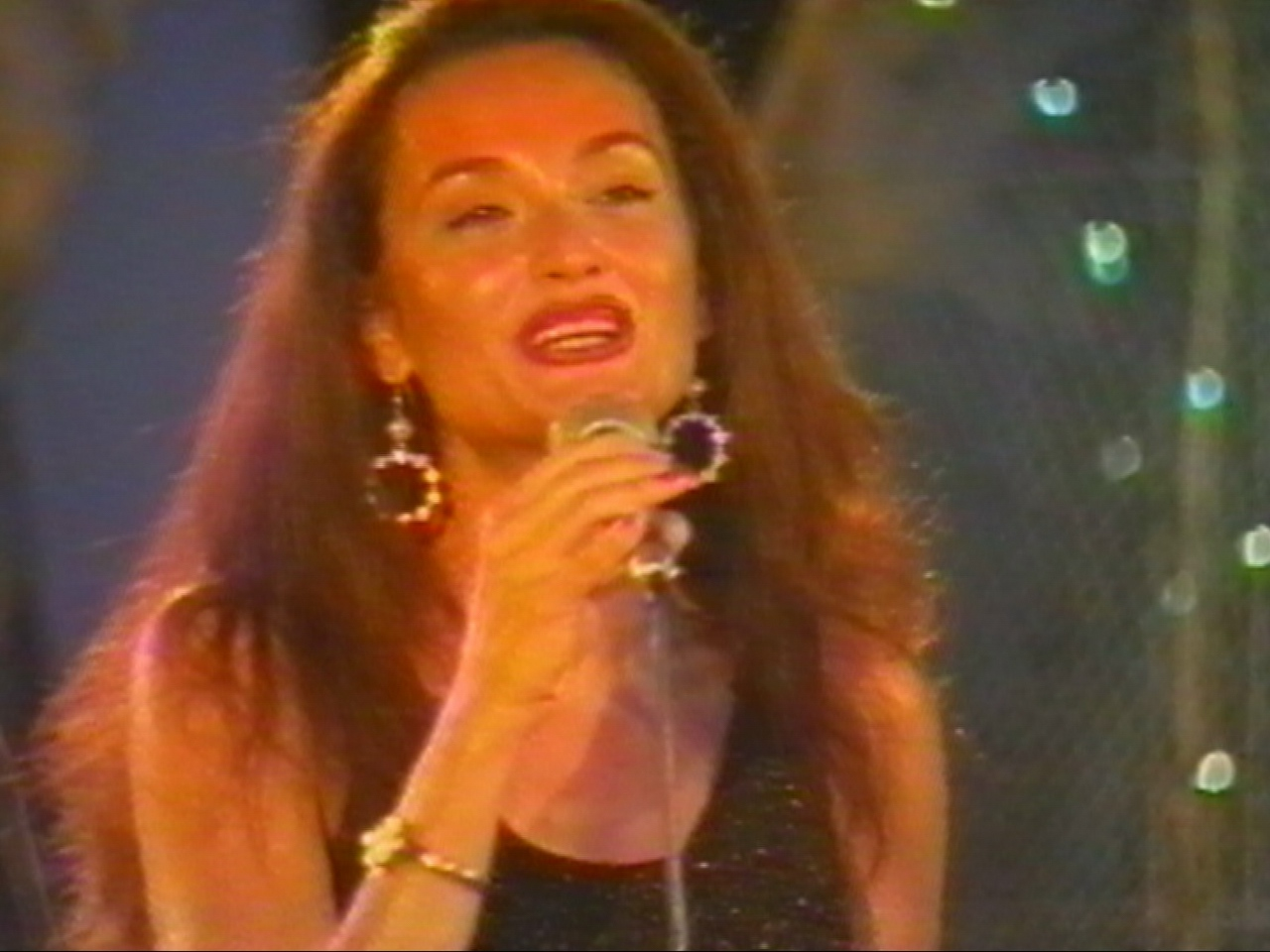 Amara 2000 - AncaTurcasiu.jpg