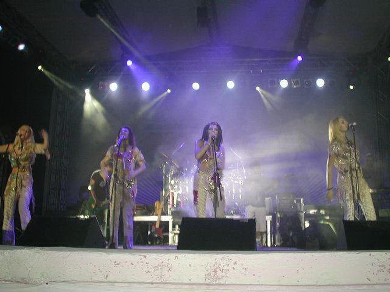 Amara 2002 - Asia.JPG