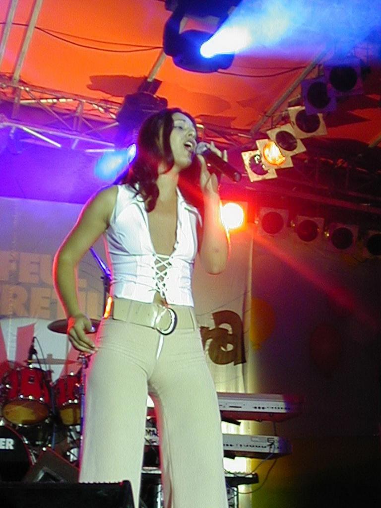 Amara 2002 - Trofeul - Alice Croitoru.JPG