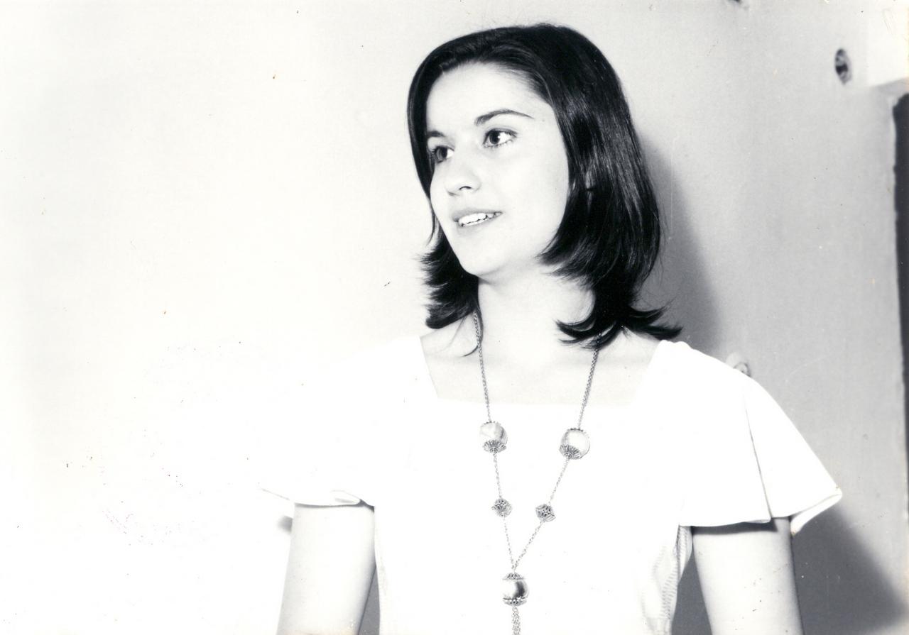 1976 Mirela Voiculescu - premiul I.jpg