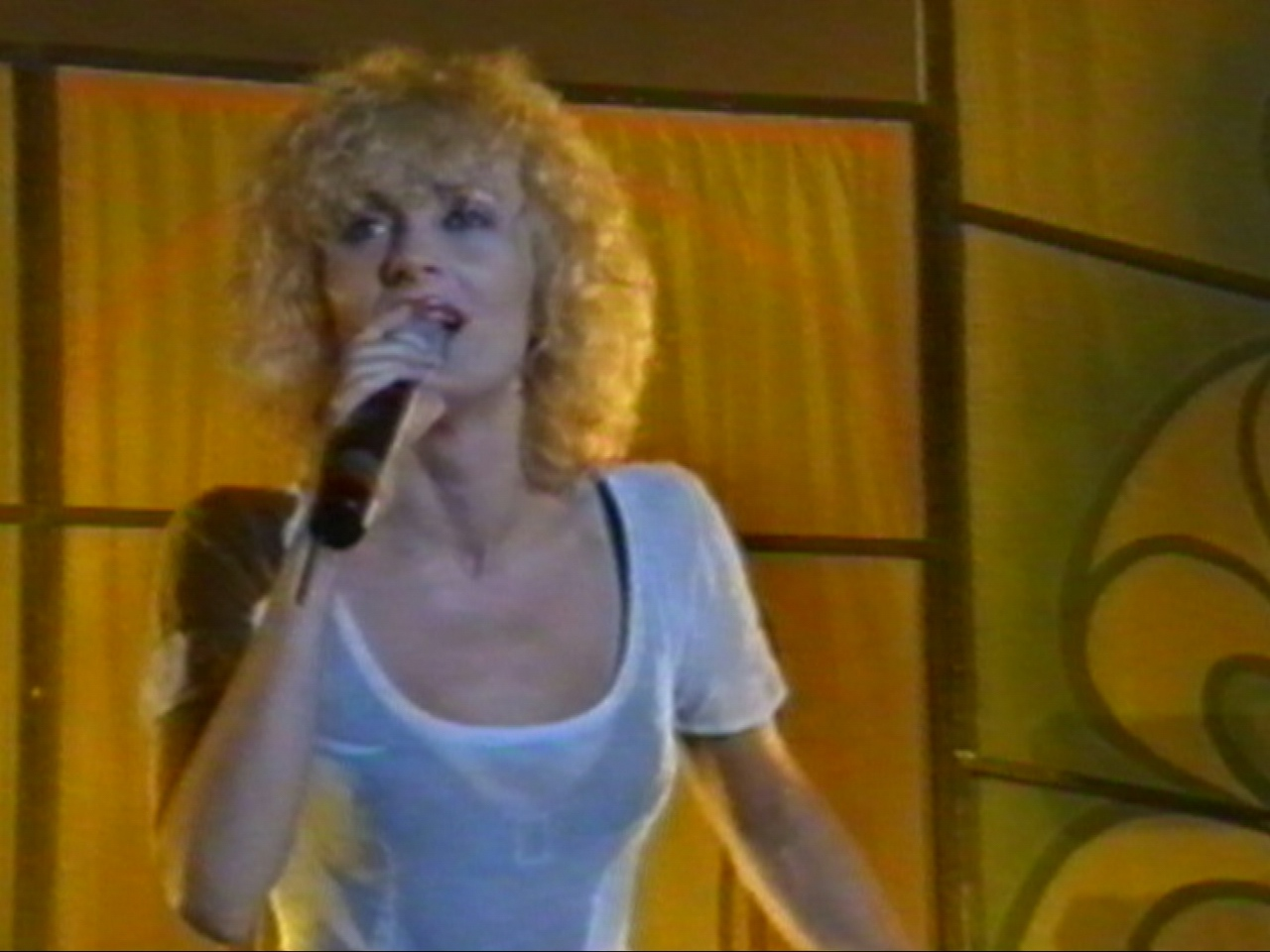 Amara 1997 - DanielaGyorfi.jpg