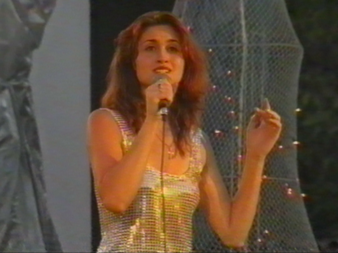 Amara 2000 - Mentiune 3 - Georgiana Nica.jpg