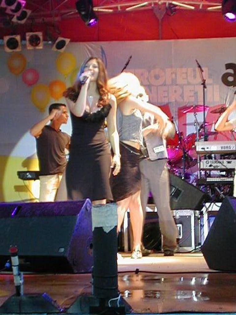 Amara 2002 - Mentiune - Adriana Vlad.JPG