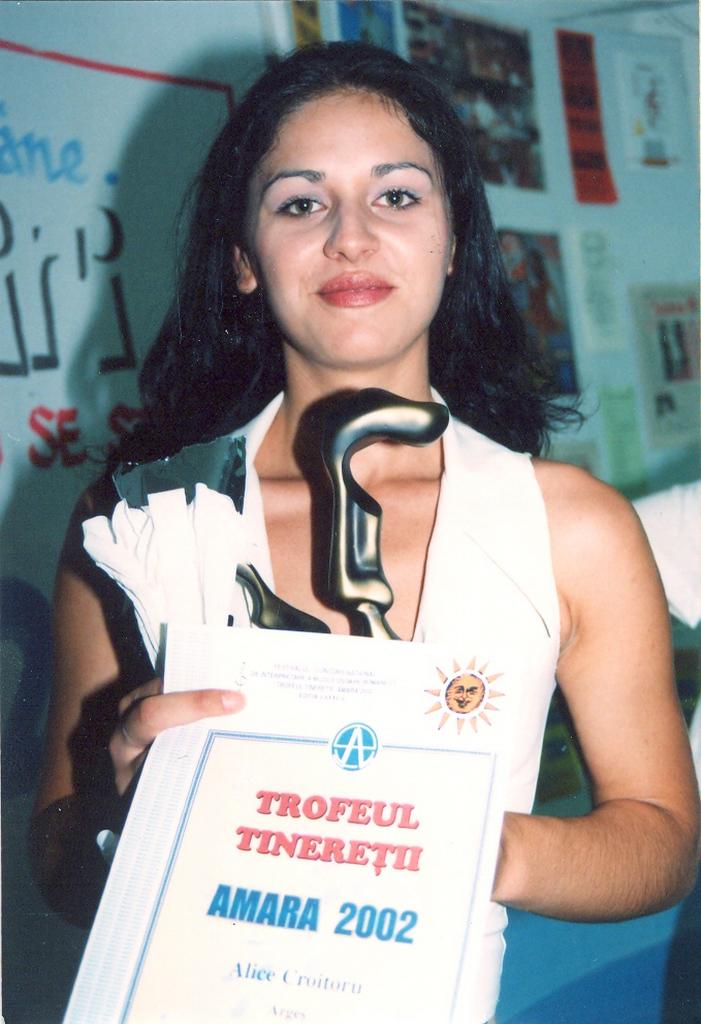 Amara 2002 - Trofeul tineretii Alice Croitoru.jpg