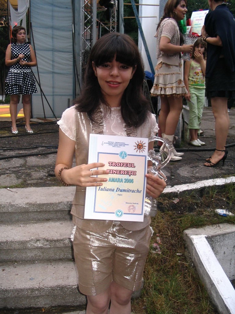 Amara 2006 - Trofeul tineretii 2006 - Iuliana Dimitrache.jpg