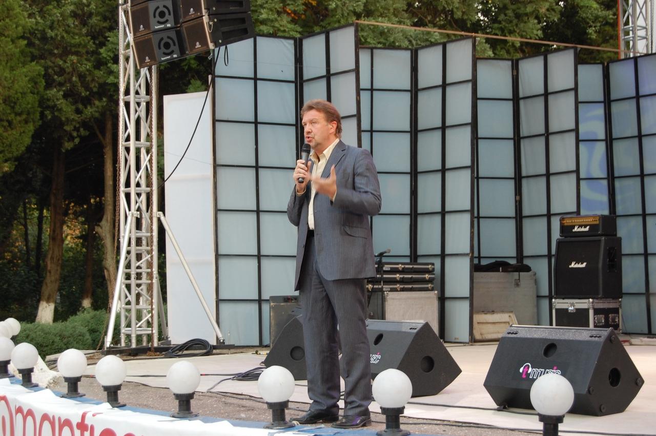 Prezentator - Gabi Cotabita.JPG